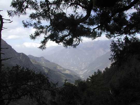 台北から4時間 玉山(ぎょくざんMt.Yu)からの眺め